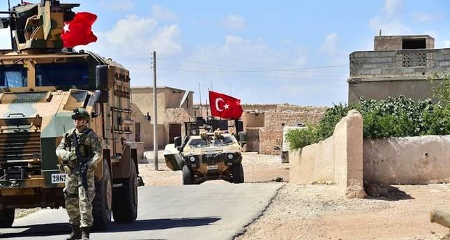 القوات التركية تسيّر الدورية الثالثة عشرة في منبج السورية