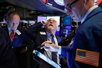 Dow Jones falls over 1,000 points amid coronavirus pandemic scare