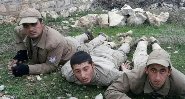 مقاتلون من بي كا كا يسلمون أنفسهم للجيش التركي في عفرين