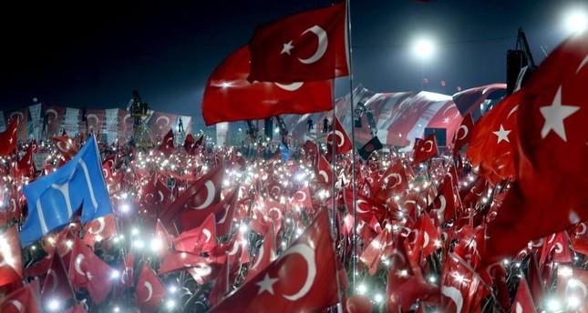 A scene from the pro-democracy rally in Yenikapı last Sunday.