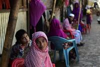 More than 65,000 Rohingya fled Myanmar to Bangladesh, UN says
