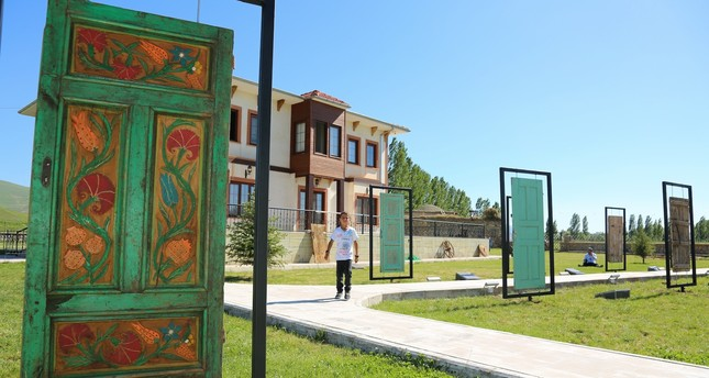 Exhibition showcases Anatolian doors and knockers