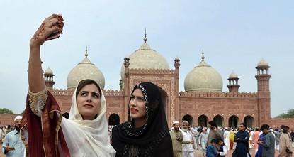 Lahore's Mughal treasures overshadowed by modern development