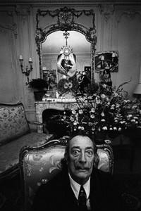 Salvador Dali through Güler's lens.
