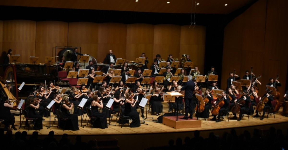 The Cemal Reu015fit Rey Symphony Orchestra
