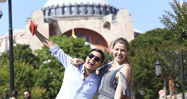 Istanbul welcomes nearly 10M visitors from 200 countries