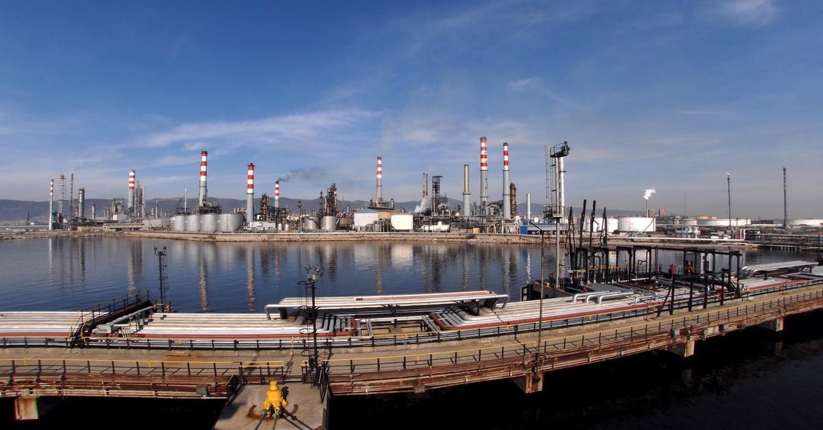 Seen above is the u0130zmir refinery of Turkeyu2019s largest crude processor Tu00fcprau015f.