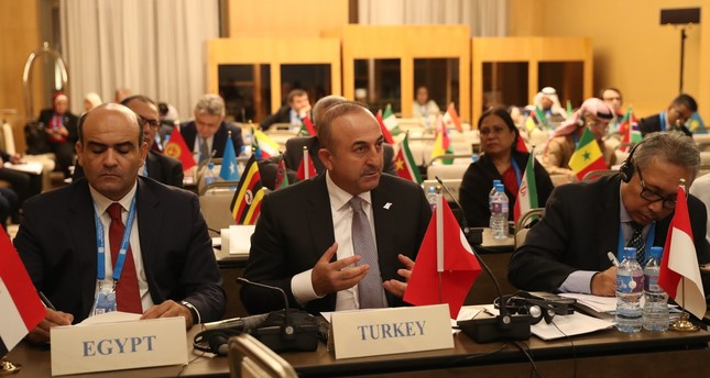 Foreign Minister Mevlüt Çavuşoğlu (C) speaking in a meeting of the 43the Foreign Ministers Council of the Organization of Islamic Cooperation in Tashkent, Uzbekistan, Oct. 18, 2016. (Anadolu Agency Photo)
