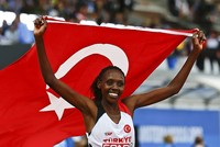 Yasemin Can clinches gold for Turkey in 5,000 meters at 2016 European Athletics Championships