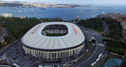 أعلن السلوفيني ألكسندر سيفرين، رئيس الاتحاد الأوروبي لكرة القدم (يويفا)، اليوم الأربعاء، إقامة مباراة كأس السوبر الأوروبي لعام 2019 على ملعب