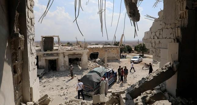 غارات روسيا والأسد تجرح 17 شخصاً في إدلب وحماة