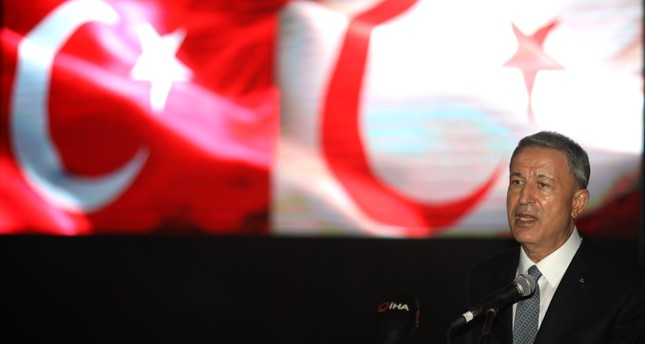 خلوصي أقار خلال حفل يوم القوات المسلحة لجمهورية شمال قبرص التركية في أنقرة الأناضول