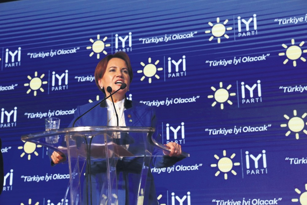 Good Party (u0130P) leader Meral Aku015fener during a meeting as part of the campaign for the June 24 parliamentary and presidential elections.