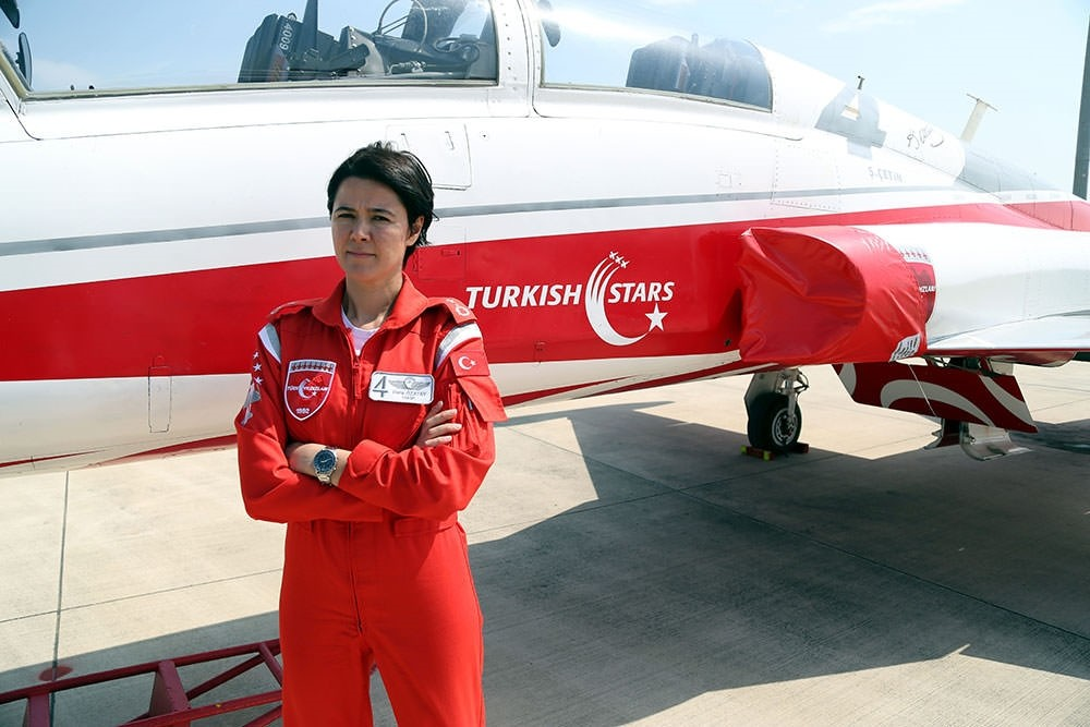 First Turkish female air demonstration pilot to take part in May 19 commemoration