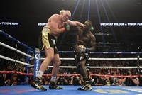 Wilder mocks Fury's 'pillow fists' ahead of rematch