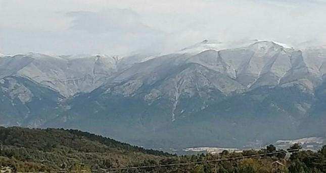 الثلوج تكسو جبال أولوداغ التركية بسمك 1.5 متر