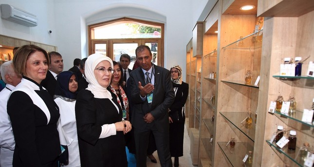 First lady Emine Erdoğan attends the opening of a phytotherapy center at a university in Istanbul, September 15, 2015. Erdoğan is a key promoters of traditional and complementary medicine in Turkey.