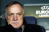 Advocaat to retire, leave Fenerbahçe by the end of the season