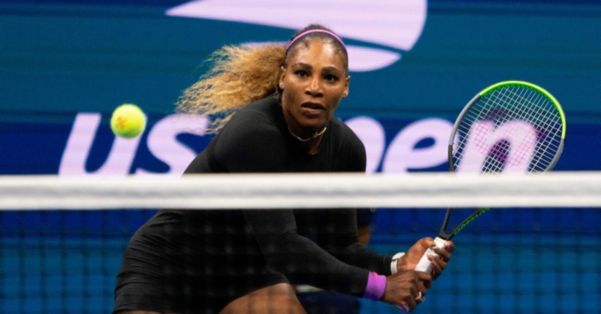 Serena Williams of the US hits a return to Elina Svitolina of the Ukraine during their Singles Women's Semi-finals match at the 2019 US Open at the USTA Billie Jean King National Tennis Center in New York on September 5, 2019. (AFP Photo)