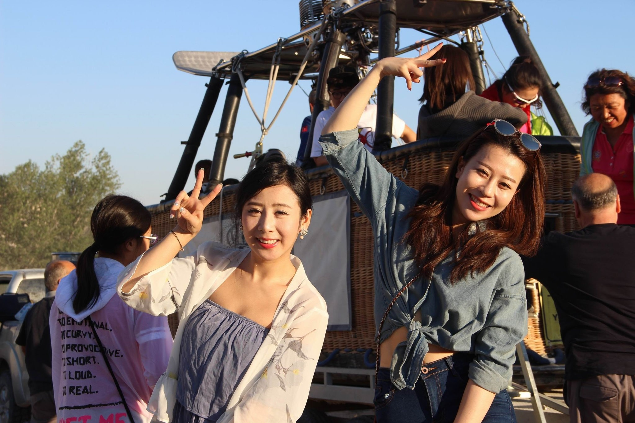 Chinese tourists particularly frequent Turkey's Cappadocia where they enjoy balloon riding, as well as Pamukkale, Safranbolu, Istanbul, Konya and the Black Sea.