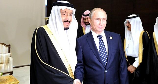 Putin, Saudi king discuss Qatar crisis in phone call