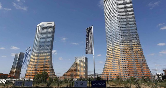 The Varyap Meridian towers is seen in Ataşehir on the Asian side of Istanbul in this September 4, 2012 file photo. (Reuters Photo)