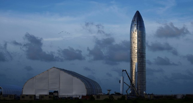 The prototype of Starship, SpaceX's newest rocket will carry people to Mars.
