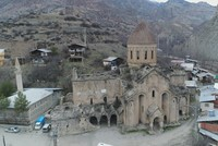 Authorities in eastern Turkey's Erzurum have decided to restore a 10th-century Georgian church, one of the very few that have survived in the region.  The Öşvank (Oshk Vank) church, located in...