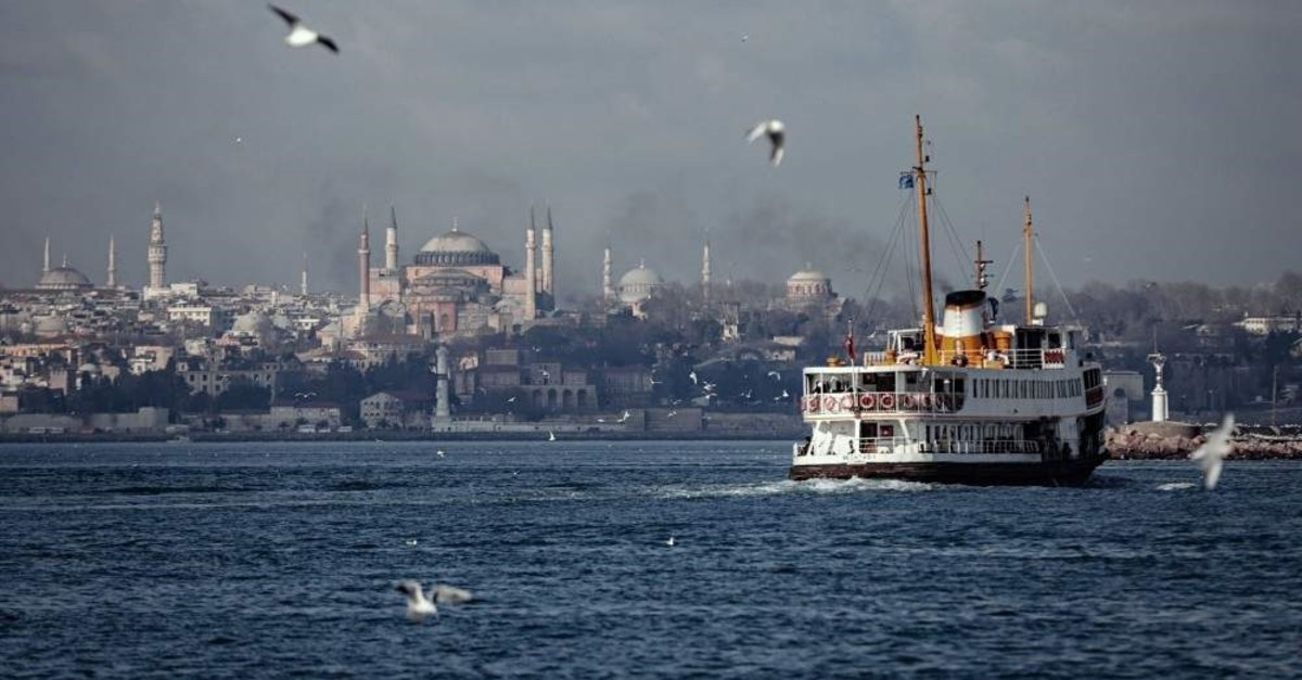 Expat community in Istanbul continues to host events for foreigners living in the city. (AA Photo)
