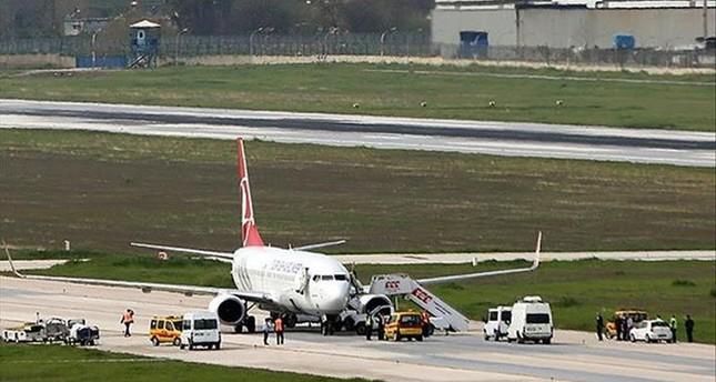 طائرة تركية تهبط اضطراريا بمطار القاهرة لإنقاذ حياة راكبة باكستانية