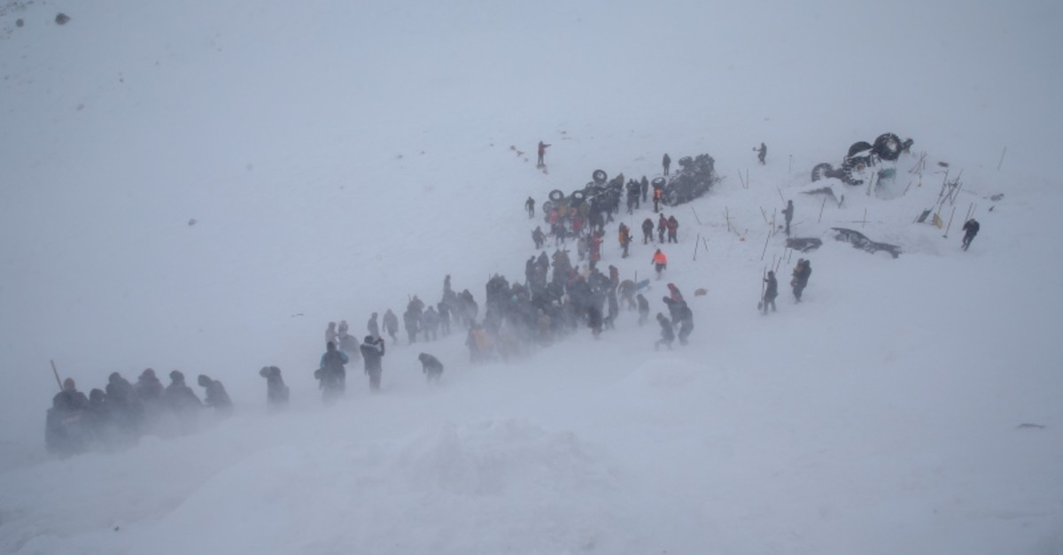 Rescue crews and locals are trying to find those who were trapped underneath snow after an avalanche, in Bahu00e7esaray, Van, eastern Turkey. (AA Photo)