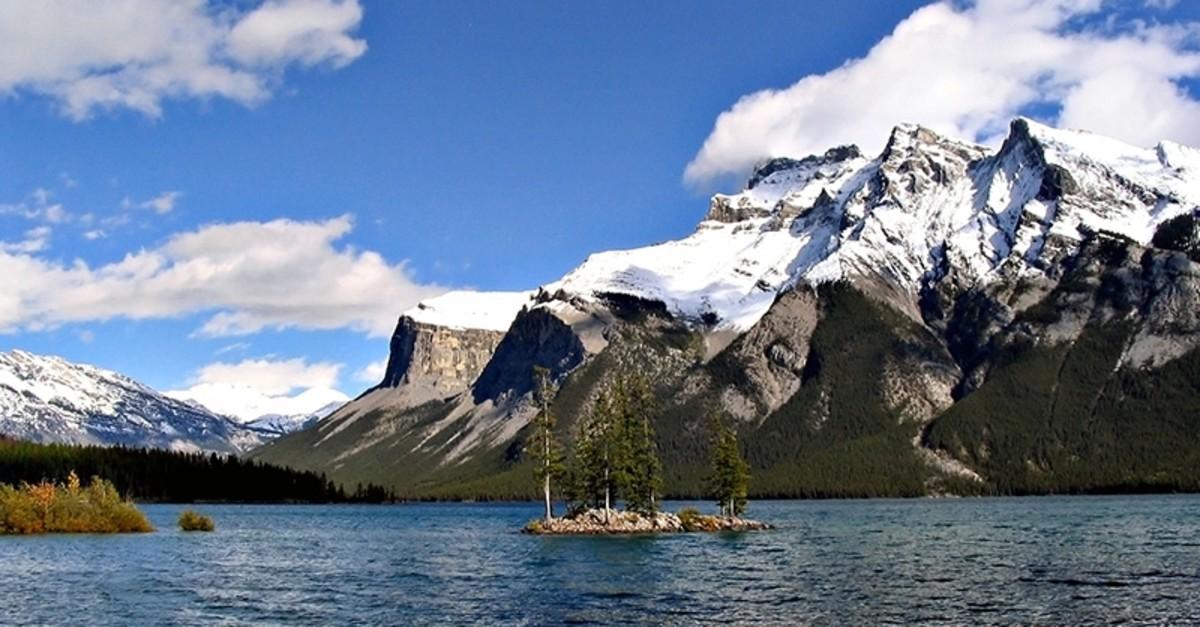 Lake Minnewanka in Banff National Park, Alberta, Canada. (Photo from Good Free Photos)