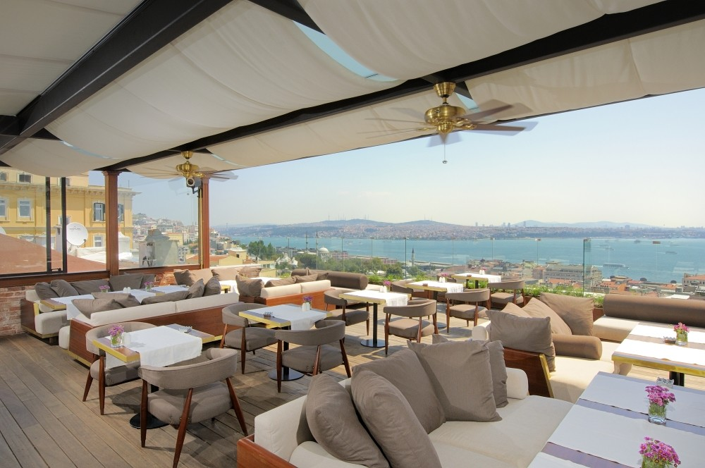 Georges is a boutique hotel in the Galata area.