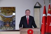 أردوغان: آيا صوفيا يشهد بعثاً ثانياً بقرار إعادته إلى وضعه كمسجد