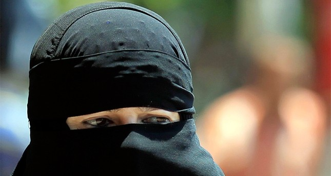 French businessman vows to pay Austrian niqab fines