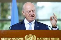 قال المبعوث الأممي الخاص إلى سوريا، ستيفان دي ميستورا اليوم الخميس، إن الدول الضامنة لاتفاق