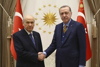 Erdoğan, Bahçeli set to discuss call for snap elections