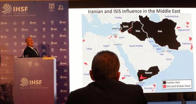 نتنياهو متحدثاً عن خطر إيران أمام منتدى أمني دولي (رويترز)