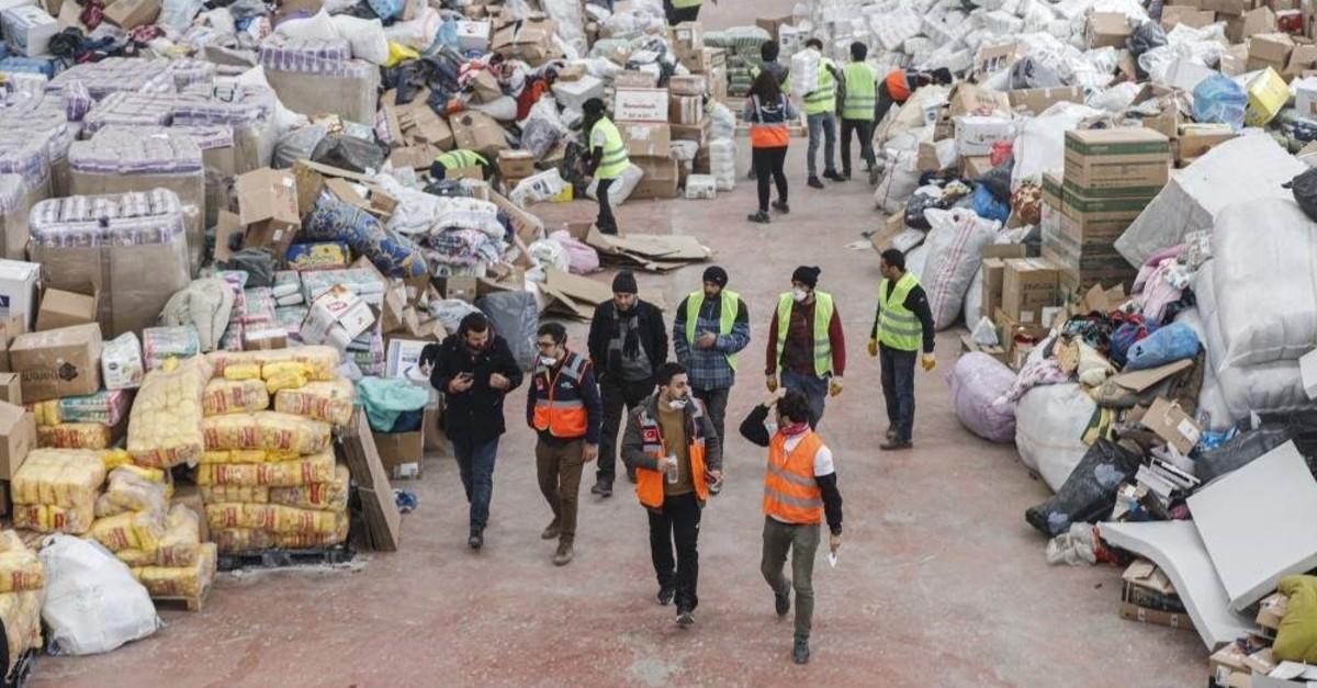Aid donated to the AFAD in a warehouse in Elazu0131u011f. (DHA Photo)