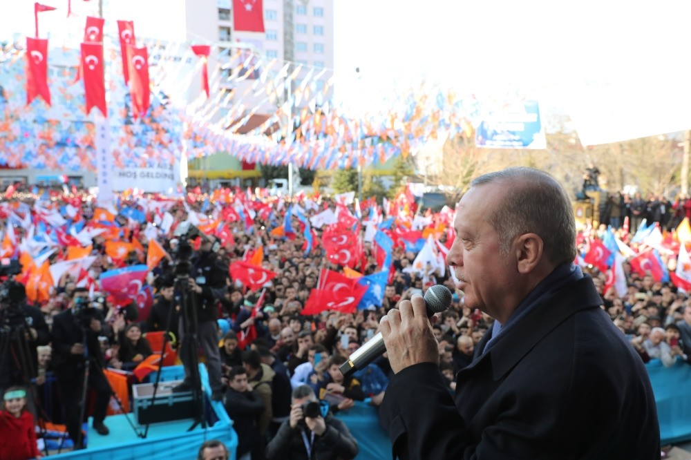 President Recep Tayyip Erdou011fan addresses people in western Isparta province, Feb.18, 2019.