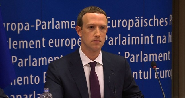 Zuckerberg weicht im EU-Parlament harten Fragen aus