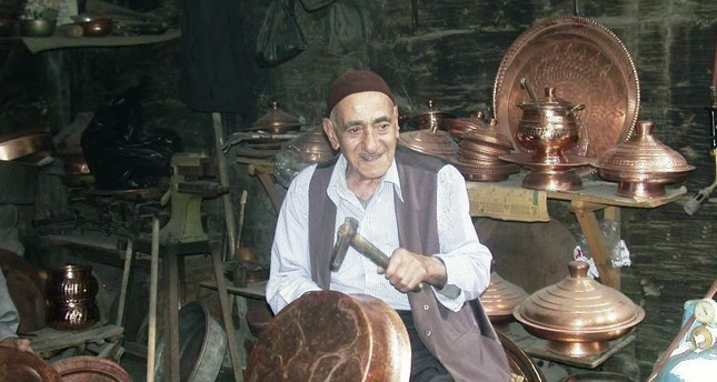 Bedih Yoluk was known as Kazancı Bedih because of his profession of boilersmith (kazancı). But the name stuck when he gained nationwide popularity in the 1990s.