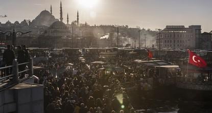 Стамбул обогнал по численности населения 131 страну