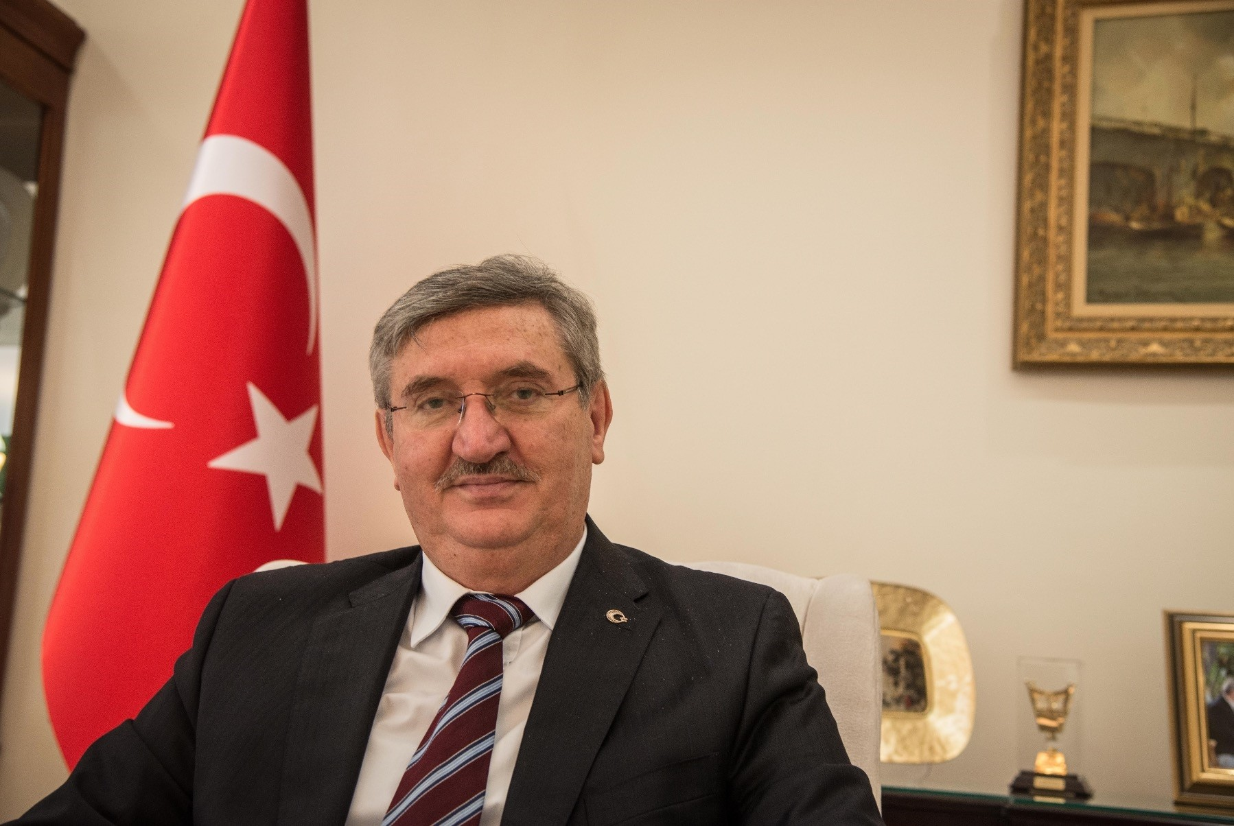 Turkeyu2019s envoy to Qatar Fikret u00d6zer said bilateral relations have developed quickly in recent years on the basis of mutual interests and have reached an exemplary level.