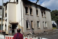 2 dead, 10 injured in suspected arson attack at building inhabited by migrants in Germany