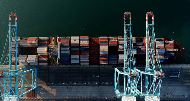 Turkey's exports, imports up in first nine months of 2017, trade deficit hits $53.8 billion