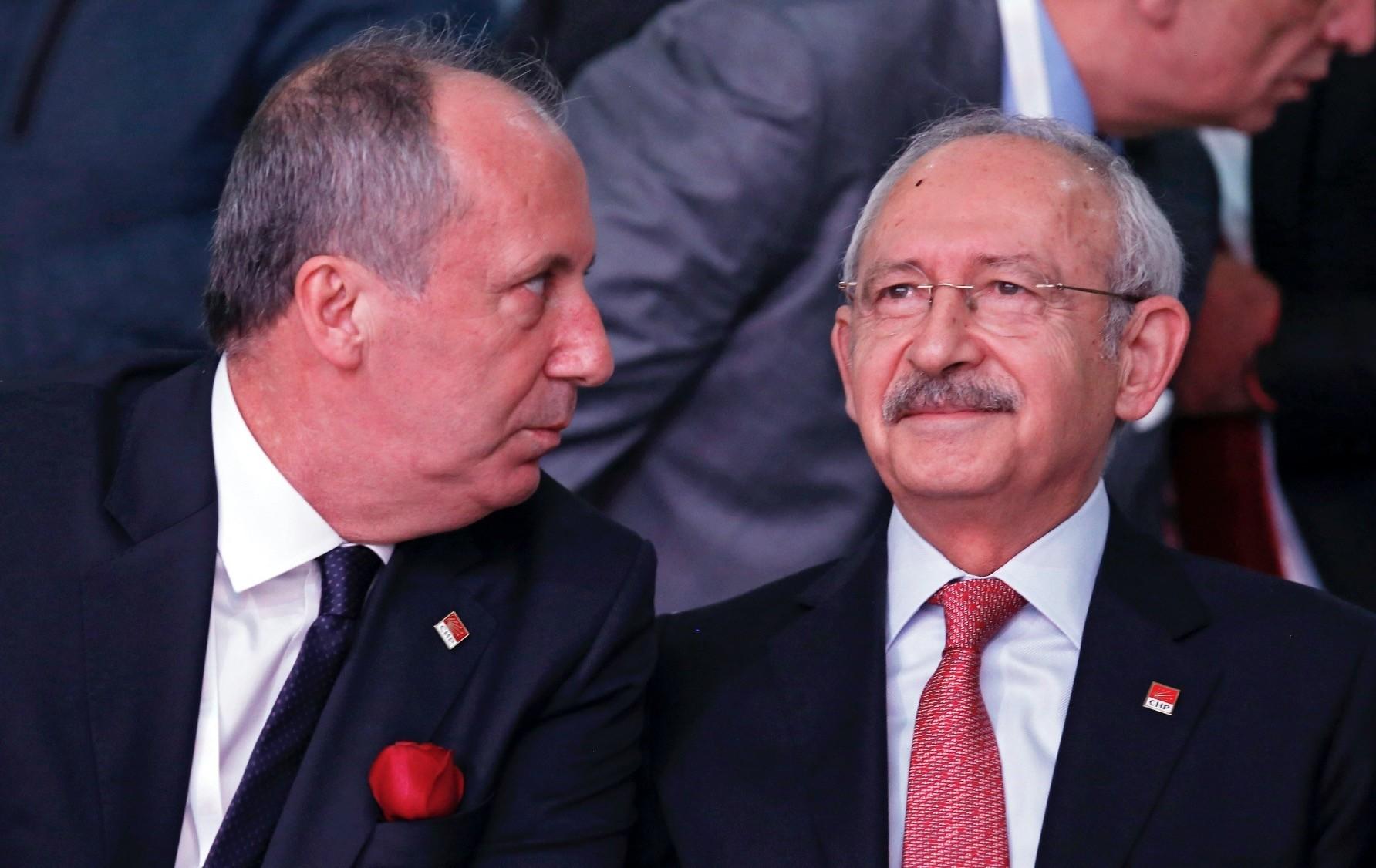 CHP Yalova deputy and CHPu2019s presidential candidate Muharrem u0130nce (L) with CHP Chairman Kemal Ku0131lu0131u00e7darou011flu during the partyu2019s 36th ordinary congress in Ankara, Feb. 3.