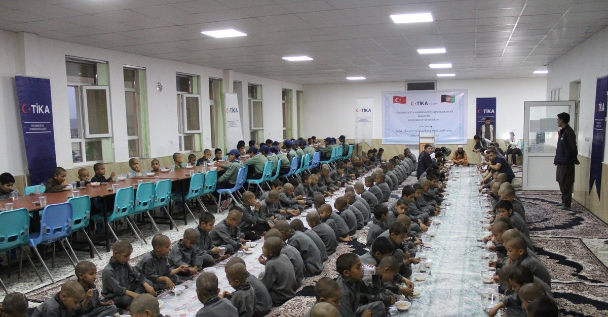 An iftar, or fast-breaking dinner, organized by the Turkish Cooperation and Coordination Agency (Tu0130KA) in Herat, Afghanistan, June 1, 2019.