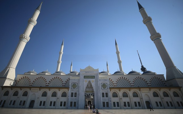 Çamlıca Mosque was designed not only as a mosque but also a complex in the modern sense.