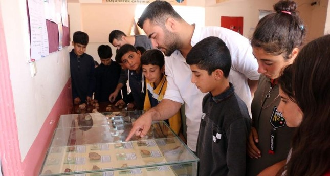 Teacher establishes school museum to showcase fossils of sea creatures he collected with his students. (DHA Photo)